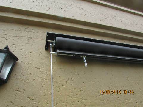 Guided Outdoor Solar Roller Blind